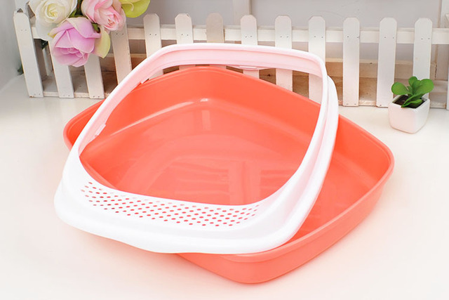 Colorful Plastic Cat Litter Box with Scoop