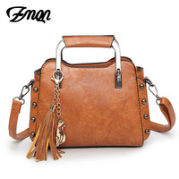 ZMQN Women Messenger Bag Vintage PU Leather Shoulder And Handbag For Women 2017 Rivet Tassel Small