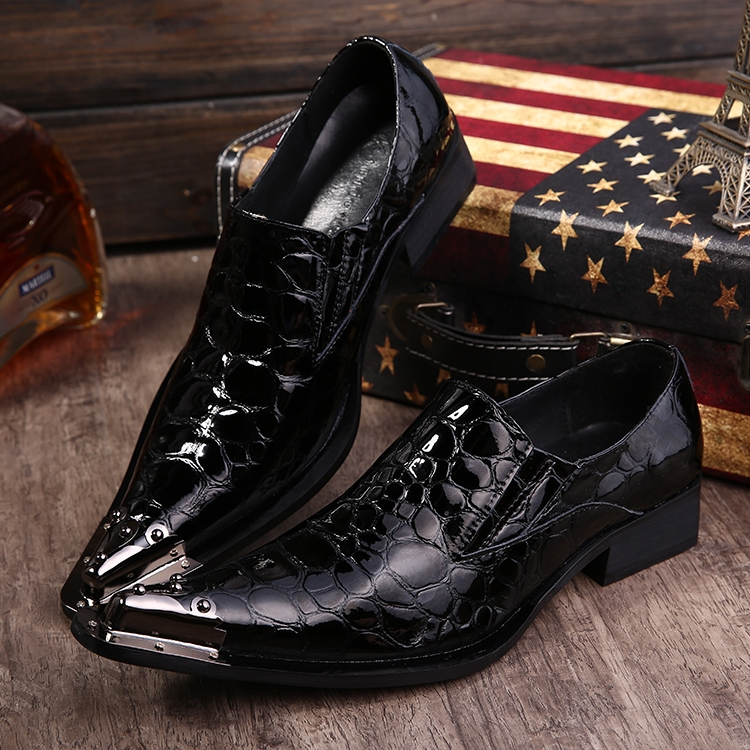 2018 New Fashion Stage Show Shoes Men Business Patent Leather Mens wedding Shoes Black Dress Shoes Dress Formal black EU38-46 2018 New Fashion Stage Show Shoes Men Business Patent Leather Mens wedding Shoes Black Dress Shoes Dress Formal black EU38-46