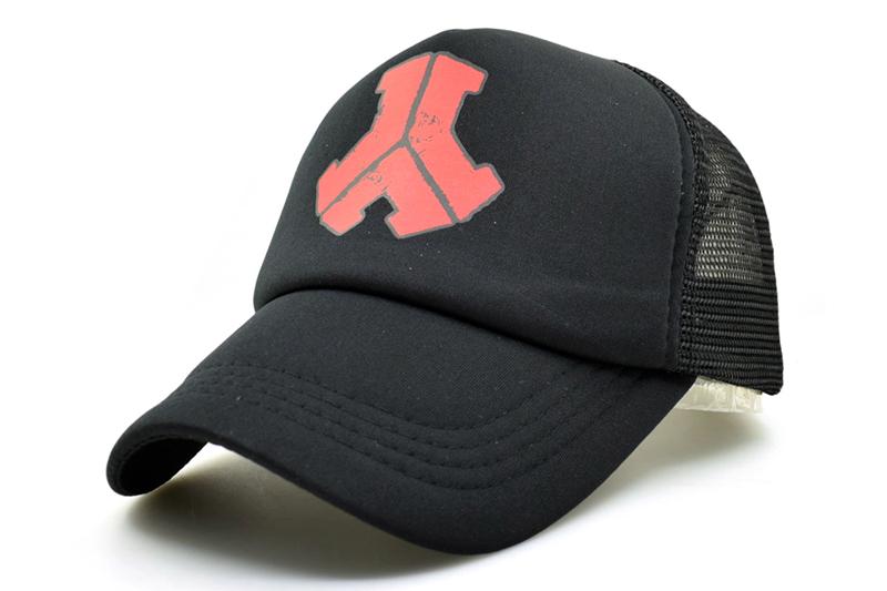black trucker hat DSC_1633