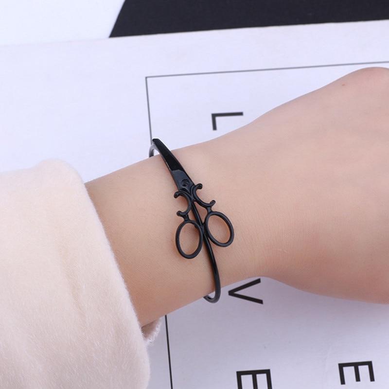 Fashion-Scissors-Charm-Bracelets-For-Women-Men-Simple-Gold-Silver-Black-Shears-Opening-Bangles-Hair-Stylist.jpg_640x640 (2)