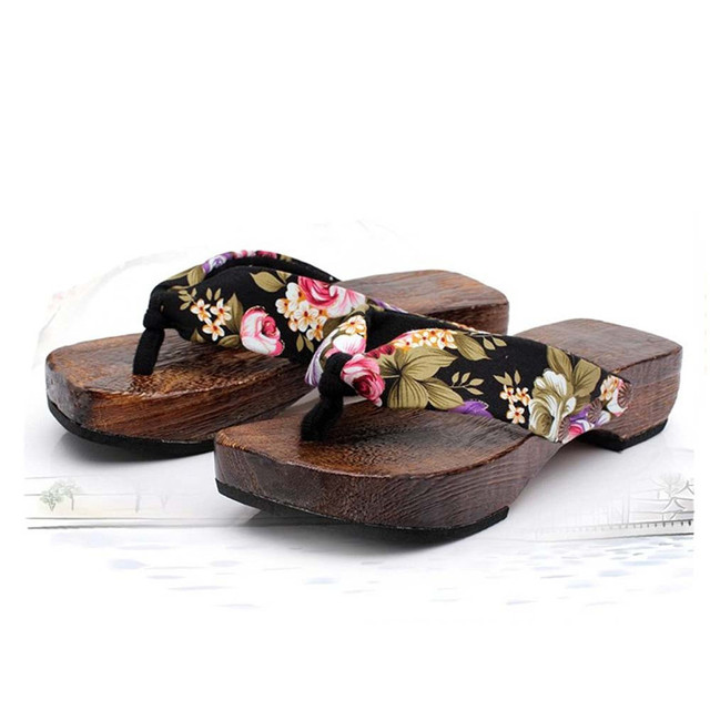 c01307392a1 Nueva moda mujer verano plataforma Zapatos madera mujeres Sandalias zuecos  madera Zapatillas Flip Flops zapatos de