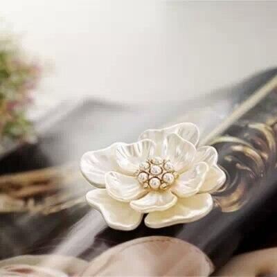 2016 Новый Винограда Ювелирных Изделий Способа Стиль Букет Цветок Брошь Pin для Женщин Свадебные