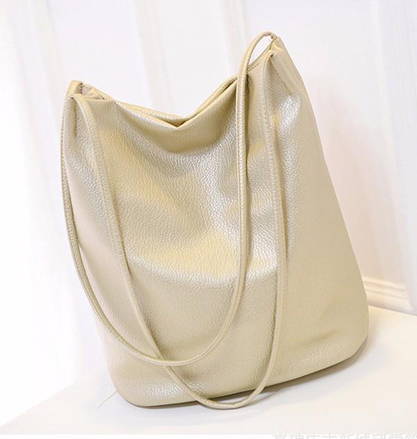 WOMEN MESSENGER BAGS  (15)