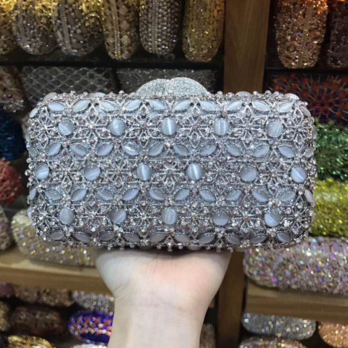 все цены на Silver Crystal Women Evening dress bags Minaudiere Bag Wedding Party Bridal Beige Beaded Metal Clutches Handbag Purse gold онлайн