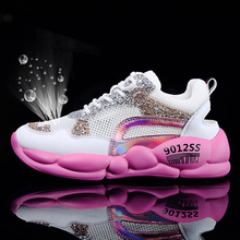 2019 New Thick Sole Women Flats Shoes Trend Fashion Sneakers Soft Female Walking Shoes Zapatos Mujer Outdoor Women Designer Shoe цена 2017
