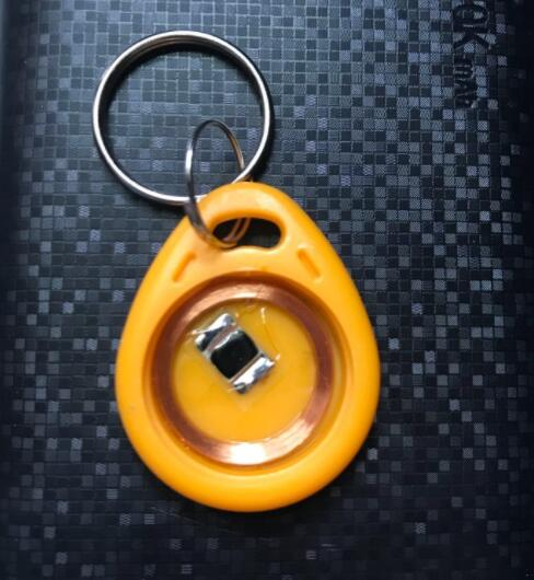 Rfid 125 Khz Beschreibbar Tag Em4305 Proximity Access Control Id Tag Keyfobs Token Arbeitet Mit 125 Khz Kopierer T5577 Smart Karte Id Schlüssel Zugangskontrollkarten Zugangskontrolle