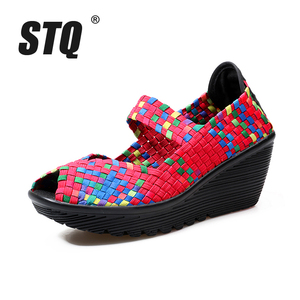 Image 2 - STQ 2020 letnie kobiety sandały na platformie buty damskie tkane płaskie buty klapki szpilki buty plastikowe damskie wsuwane buty buty 559
