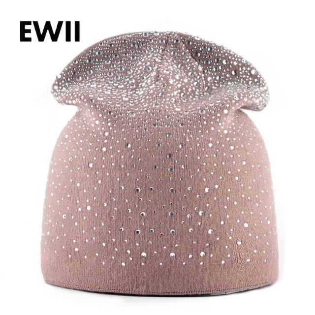 Autunno E di Inverno del coniglio ha lavorato a maglia cappelli di lana per le  donne ce3edd6d69b6
