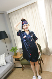 Image 4 - Versión coreana nueva mujer de seda sintética Popeye de manga corta de verano señoras hebilla vestido noche informal ropa de dormir