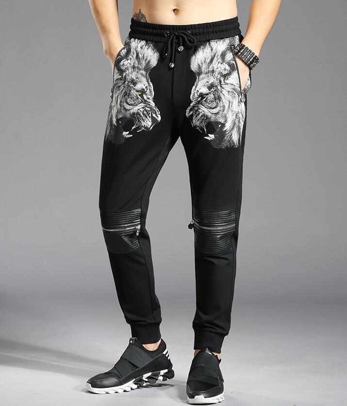 L'europe de style hommes pantalon personnalité broderie lion tête auto-culture de pied pantalon hommes occasionnels pantalon K870