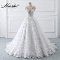 Branco vestido de noiva 2019 V Neck Lace Applique princess gowns for bride Beading Crystal weddingdress wedding Dress Custom