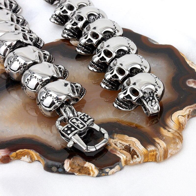 Takı ve Aksesuarları'ten Sallantılı kolye'de Yüksek Kaliteli Moda Kibir Serin Erkekler İskelet Zincir Kolye Retro Gümüş Paslanmaz Çelik Birçok Kafatası Zincir Kolye Takı'da  Grup 3