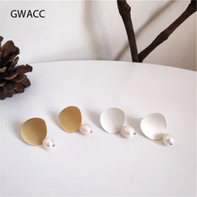 GWACC 2019 NEW Design Curved Matte Gold Silver Color Drop Earrings For Women Vintage Style Oval Freshwater Pearl