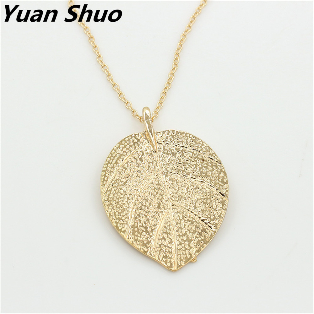2018 Yuan Shuo European and American fashion new leaves necklace noble yellow sweater chain ladies long necklace