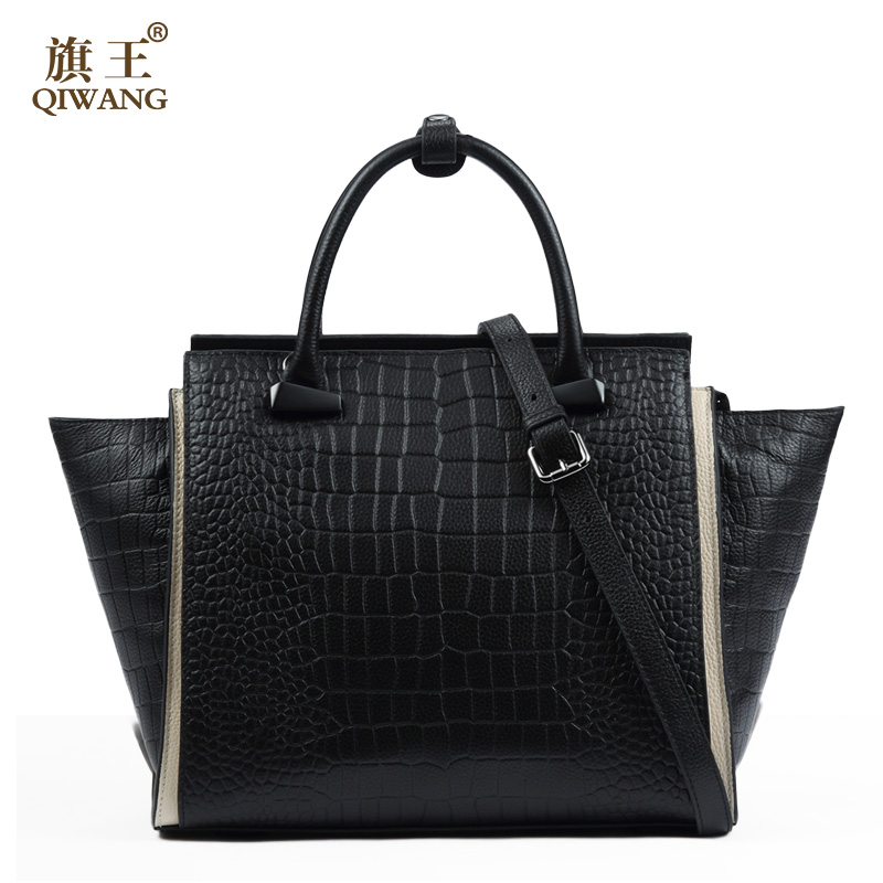 Leather Crocodile Leather Women Design Luxury Trapeze Bag Fashion Messenger Bag for Women Quality Leather Handbag crocodile retro women bag luxury women design fashion retro leather tote handbag solid bucket bag design fashion bags
