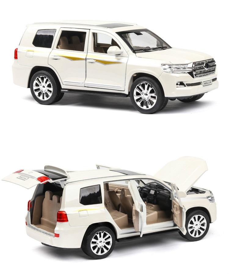 Big Size 1:24 Land Cruiser Alloy Vehicle Model Simulation Children's Toy Rally Car Open Doors Pull Back Music Light Car Model