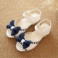 Verano Muchachas de la Princesa Niños Zapatos de Las Sandalias Arco Sandalias de Niño Zapatos de Bebé de Color Rosa de Color Azul Vestido de Los Niños Pisos
