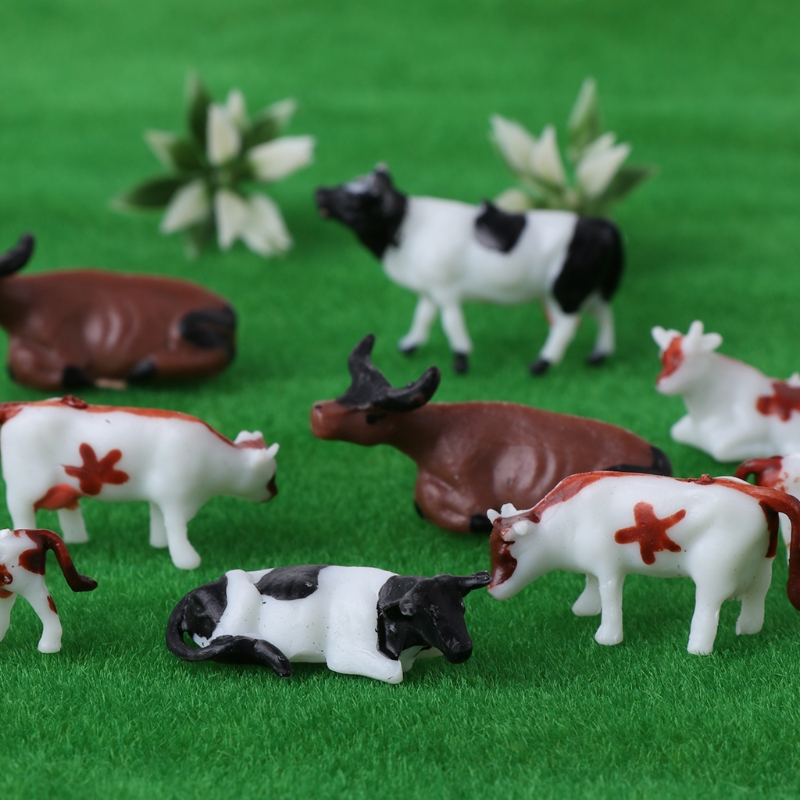 New 10pcs 1:87 Diy HO Scale Colorful Cow Model Train Layout Model Building Toys 95AE