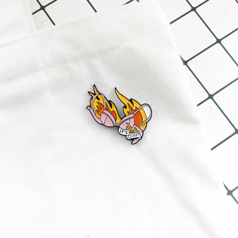 GDHY it's LIT 브래지어 브로치 섹시한 핑크 반짝 이는 브래지어 불꽃 조명 브래지어 배지 에나멜 핀 데님 셔츠 귀여운 여자 여자 커플 사랑 선물