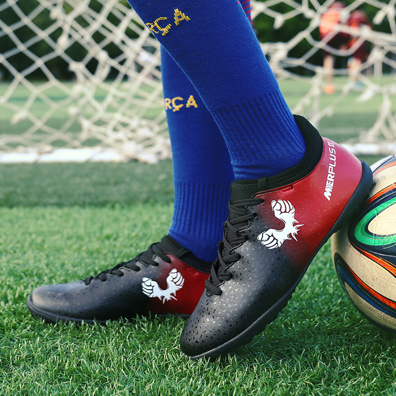 Soccer Shoes for Men 2018 Children Boys Girls Football Shoes Breathable Men Women Turf Soccer Sneakers Green Training Shoes in Soccer Shoes from Sports Entertainment