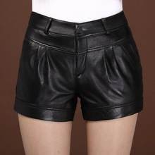 Autumn and Winter New Sheepskin Leather Shorts