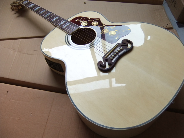 Free Shipping New 43# Electric Acoustic Guitar SJ200 Model Fishman Pick ups In Best Natural 100728 free shipping new st electric guitar small dual track cut single pick up in white sbc73c wh art 36