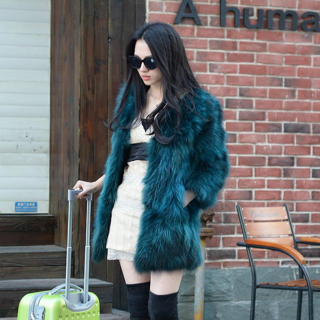 2016fashion Lady Raccoon Fur vest women's real fur and leather winter overcoat girl's warm outerwear Fur Vest coat