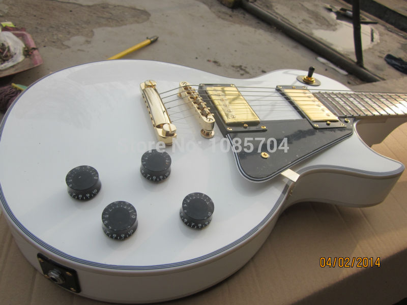 где купить Free shipping Wholesale new gib 1960 lp custom white color electric guitar/ebony Fingerboard/oem brand guitar in china дешево