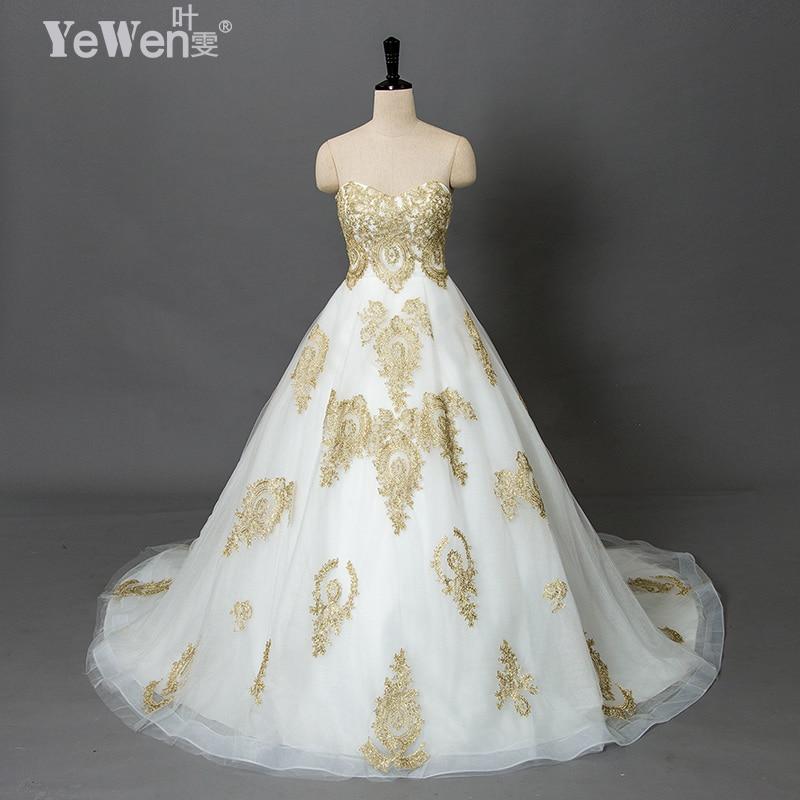 Vintage beach plus size Oro bianco Sweetheart abiti da sposa praia economici abiti da sposa 2018 Pizzo africano abiti di nozze