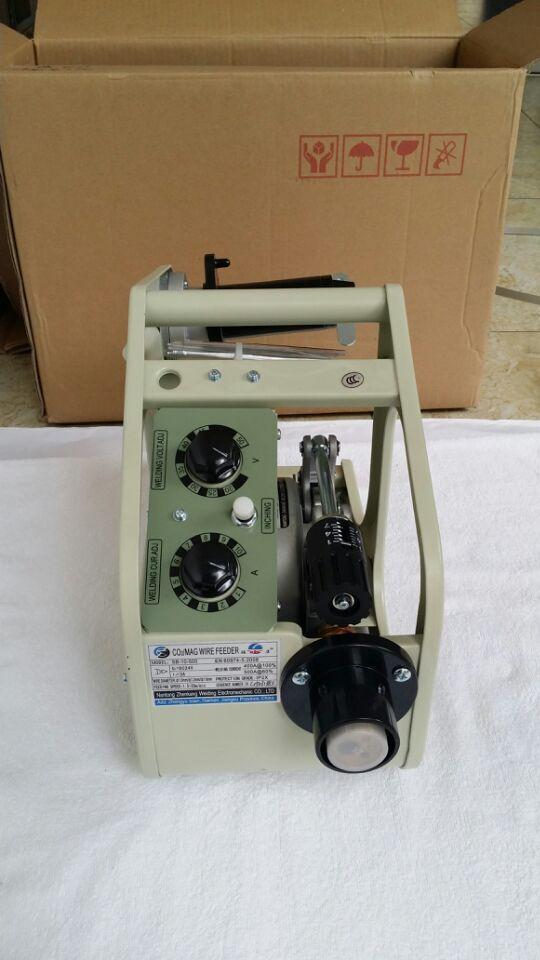 SB-10-C1 MIG MAG Machine à souder soudeur fil conducteur moteur avec connecteur euro 24 V 1.5-20 m/min pour fil solide SALE1