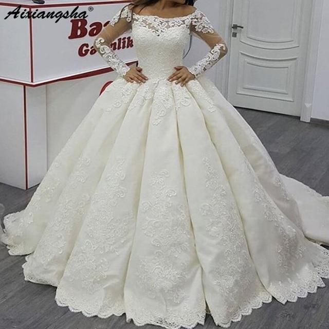 White Custom made Wedding Dresses Luxury Vintage Long Sleeves Satin Ball Gown Boat Neck White vestido de noiva