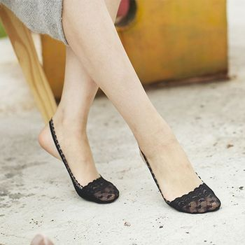 Womens Invisible Toe Socks With Side Flower Lace Design Suitable For All Season