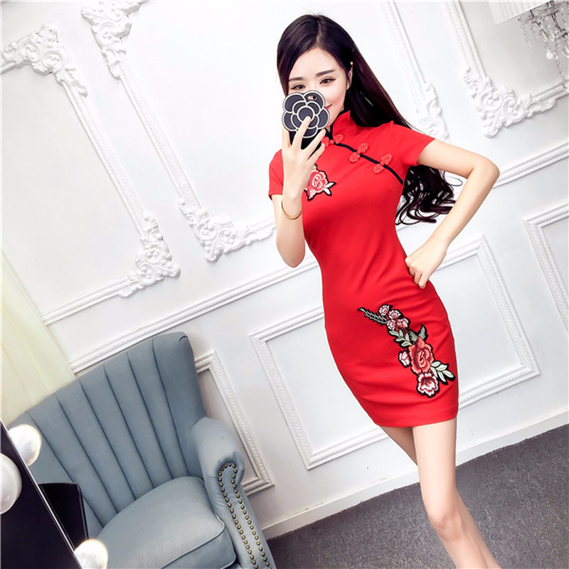 2018 spring new retro Chinese style embroidered cheongsam Slim dress empire bodycon step dress for women