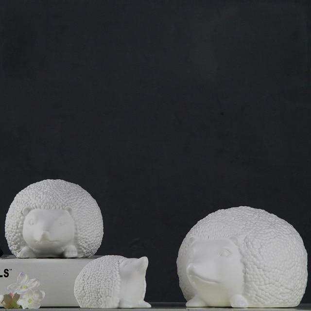 White Small Cute Ceramic Hedgehog Home Decor Crafts Room Decoration  Ornament Porcelain Animal Figurines Wedding Decorations