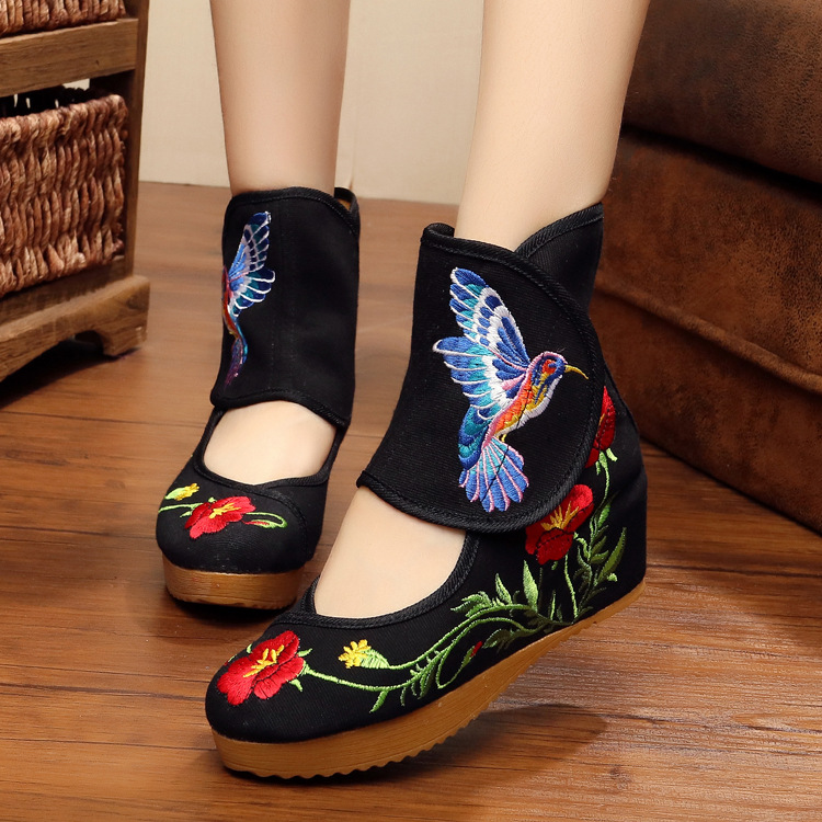 Beige Flower Bird Women Shoes Chinese Style Noble Mary Janes Inside Increased Embroidery 5cm Flats Soft Sole Cloth Shoes Woman