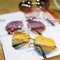 Cor da moda Sem Aro Templos de Metal Das Mulheres Em Forma de Coração Óculos De Sol Feminino Óculos de Sol das Mulheres AMOR Design de Lente de Óculos Sem Armação