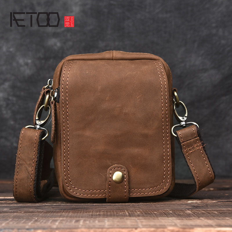 AETOO Handmade retro mad horse skin bag mini men Messenger bag leather shoulder bag leather pockets commuter