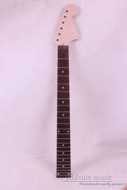 Один электрический шеи гитара клена сделаны и клена гриф Болт 24 ладу