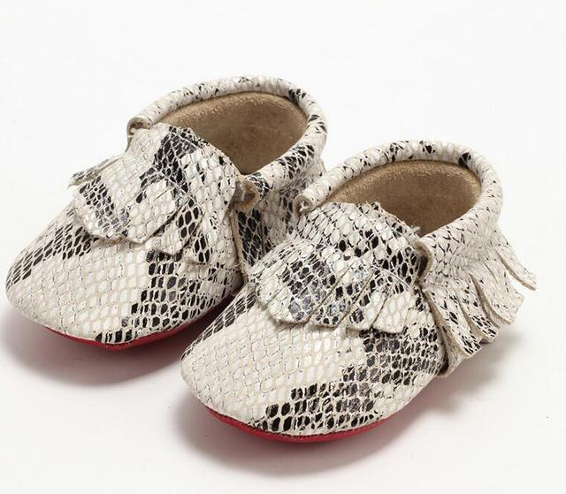 1 Pair Send Snakeskin Baby Shoes Christmas Newborn Gift Baby Moccasins Toddler Slippers
