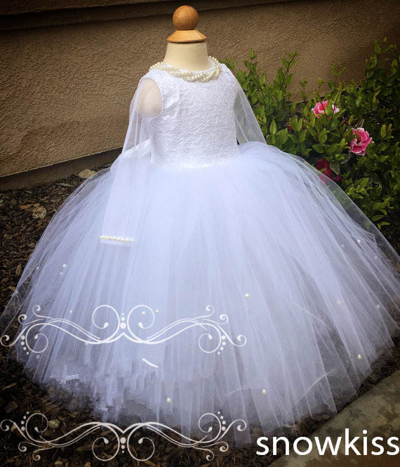Elegant princess white/ivory sheer long sleeves lace flower girl dresses beautiful beading wedding birthday parties ball gowns