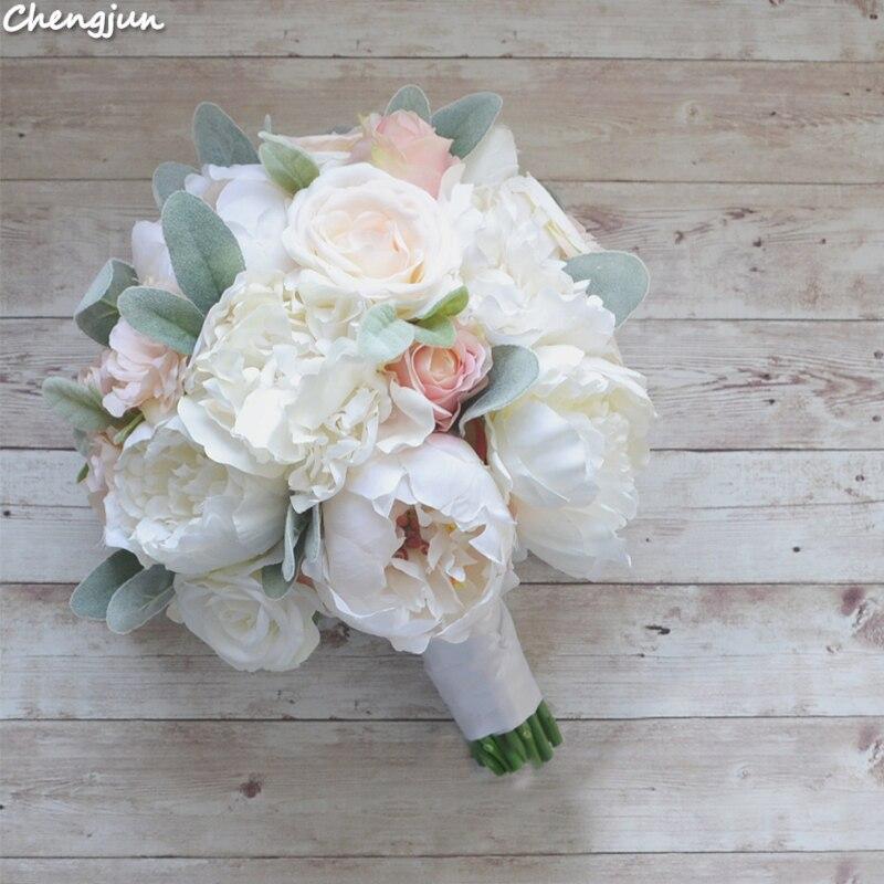 Chengjun Bride Holding Flowers Wedding Beautiful Forest White