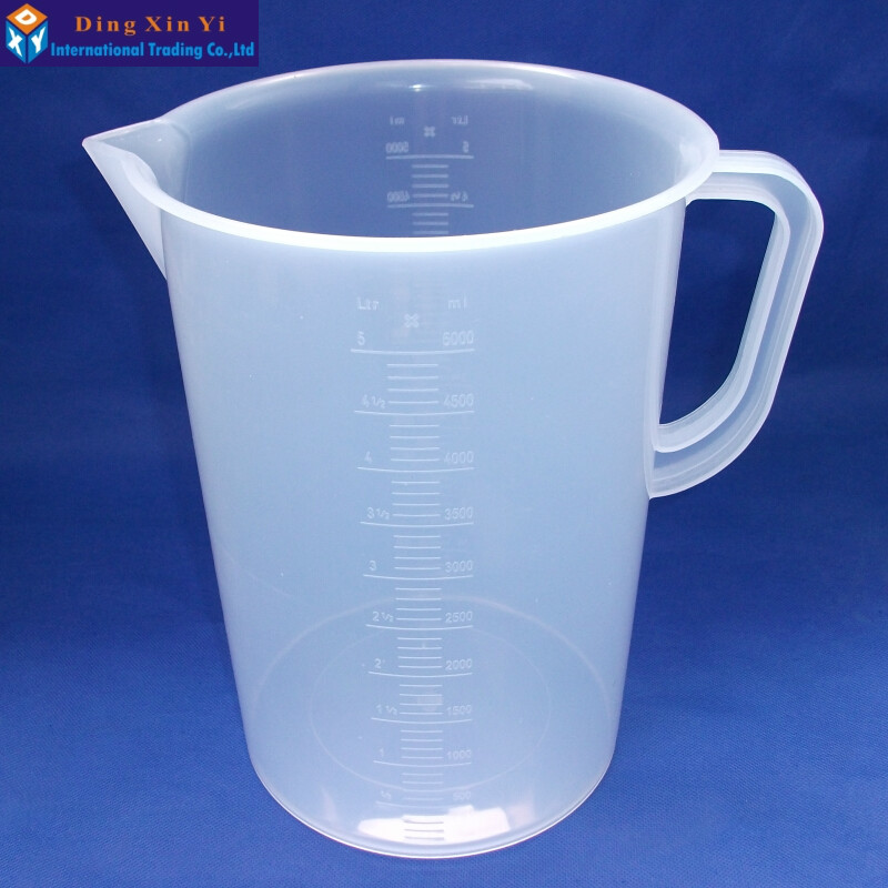 цены 2PCS/lot 5000ml plastic measuring lab beaker with handle Clear White Plastic Measuring Cup Beaker for Lab Kitchen