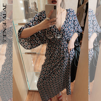 SHENGPALAE New Pattern Vintage V Lead Bat Sleeve Flower 2019 Dress Woman Thin Waist Beach Style Female Summer Dress FN459