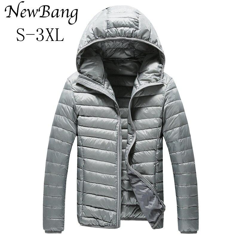 Newbang marca hombres ultra ligero Abrigos de plumas chaqueta masculina  caliente Chaquetas con una capucha al aire libre ligero abrigo Plumas  puffer parka d99dd3239632