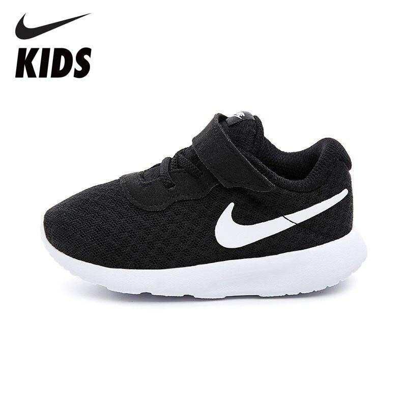 NIKE Enfants TANJUN Nouvelle Arrivée Bébé Unisexe Enfants Occasionnel Chaussures de Course En Plein Air Chaussures Respirant Crochet Boucle Sneakers 818383-011