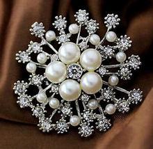 Christmas Rhinestone Crystal Bridal Wedding Snowflake Snow Flower Bouquet Cake Brooch Pin Delicate fashion jewelry Gift dropship delicate rhinestone layered flower women s brooch