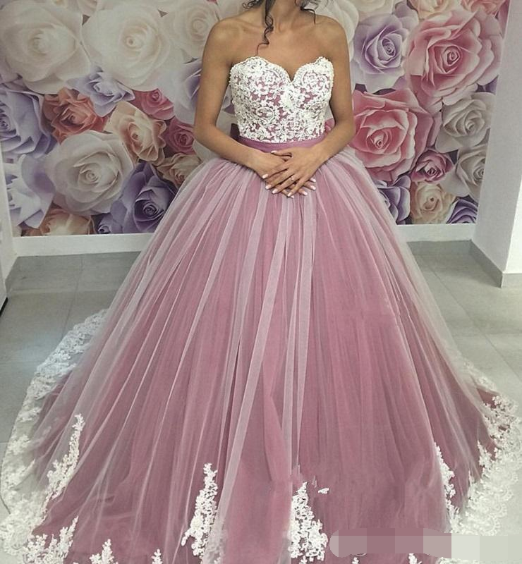 2019 Ball Gown Prom Dresses Sweetheart Lace Appliques Tulle Gorgeous robe de bal Formal Pageant Party Gown Quinceanera Dresses in Quinceanera Dresses from Weddings Events