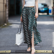 цена на Spring and summer new style High-waist printed holiday chiffon pants Vintage loose wide leg pants
