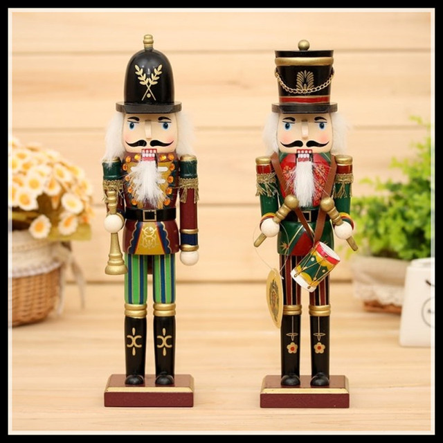 2 Pieces/set  wood craft home decoration accessories  Christmas doll toy soldiers figurines wedding gift